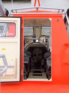 door into freefall lifeboat